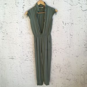 H AND M GREEN JUMPSUIT 10-11Y